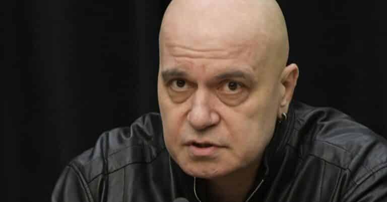 Тодор Дебелушин с въпрос към Слави Трифонов